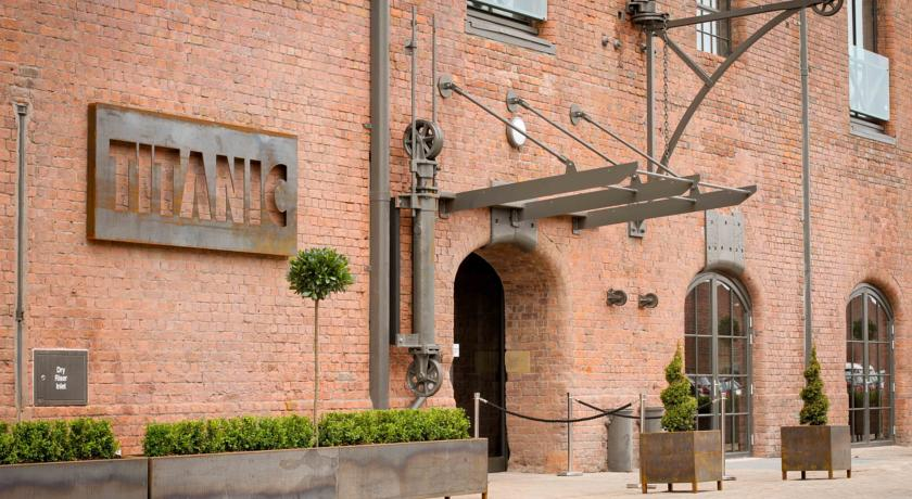 titanic hotel front.jpg